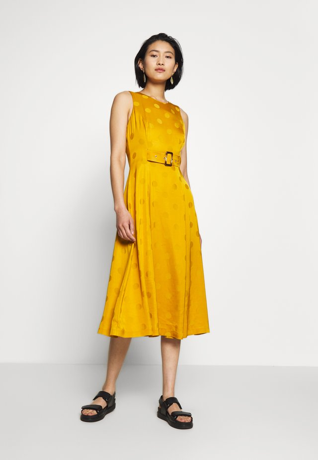 INNABEL - Day dress - yellow