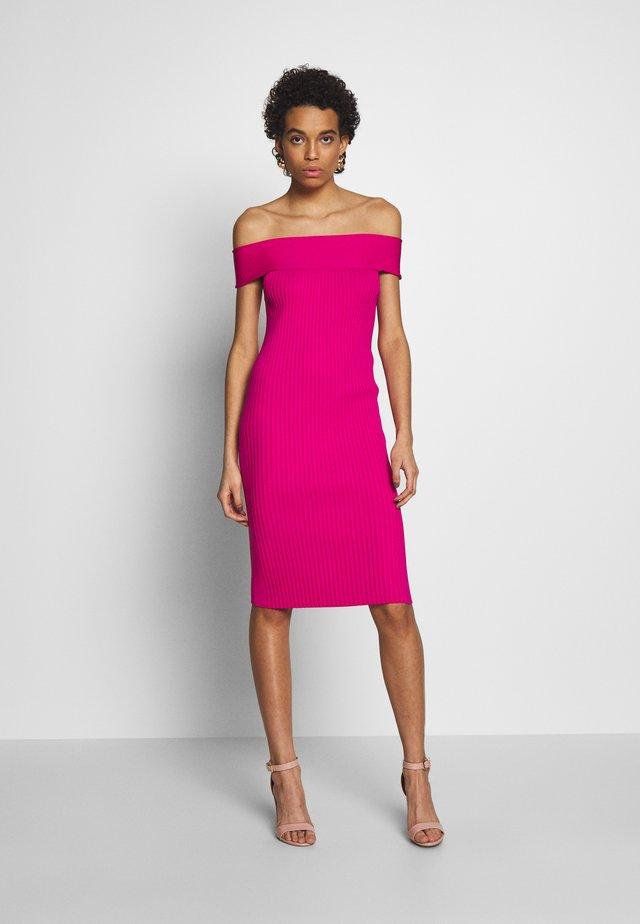 ROSINO - Gebreide jurk - pink