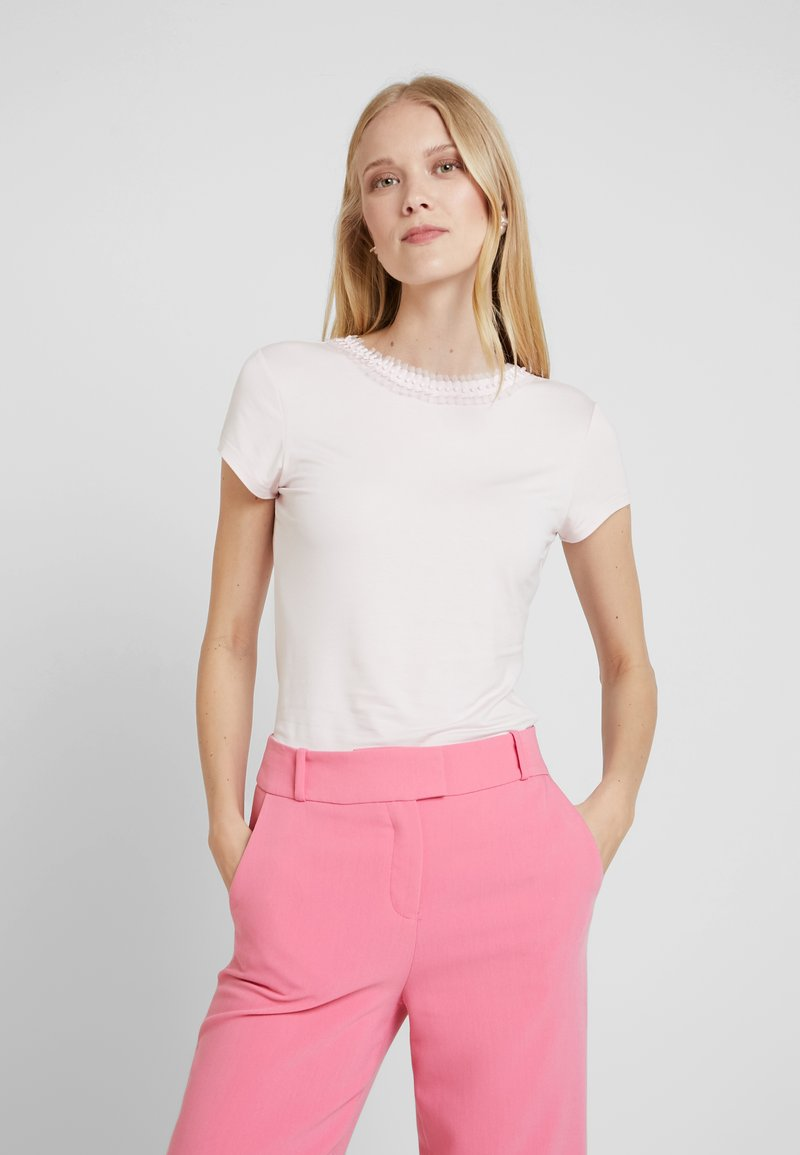 Ted Baker - JACII - Camiseta estampada - nude/pink