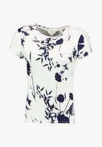 Ted Baker - MILIYY - T-shirts med print - white - 4