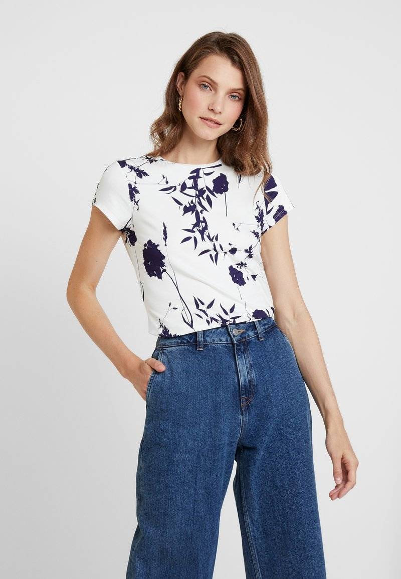 Ted Baker - MILIYY - T-shirts med print - white