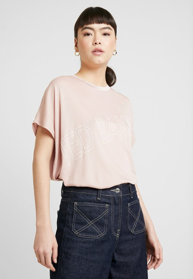 LAALI - Print T-shirt - pink