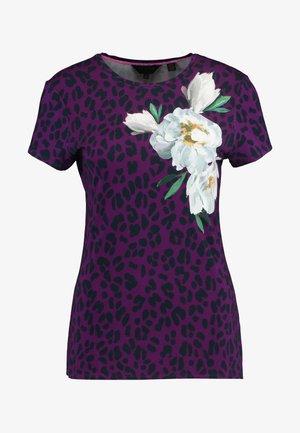 MAYAI - T-shirt print - deep pink