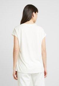 Ted Baker - VINSANA - Print T-shirt - white - 2