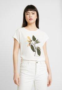 Ted Baker - VINSANA - Print T-shirt - white - 0