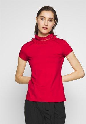 ORWLA - Print T-shirt - red