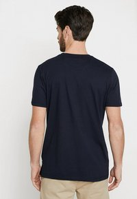 Ted Baker - ROOMA - Print T-shirt - navy - 2