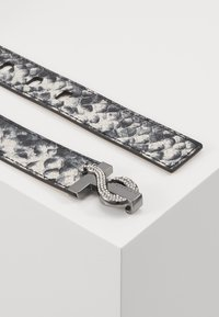 Ted Baker - SNNAKIA - Belt - grey - 2