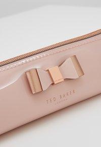 Ted Baker - VALS - Wash bag - pink - 2