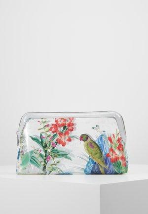 CHEREYL - Wash bag - clear
