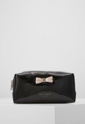 EULALI - Wash bag - black