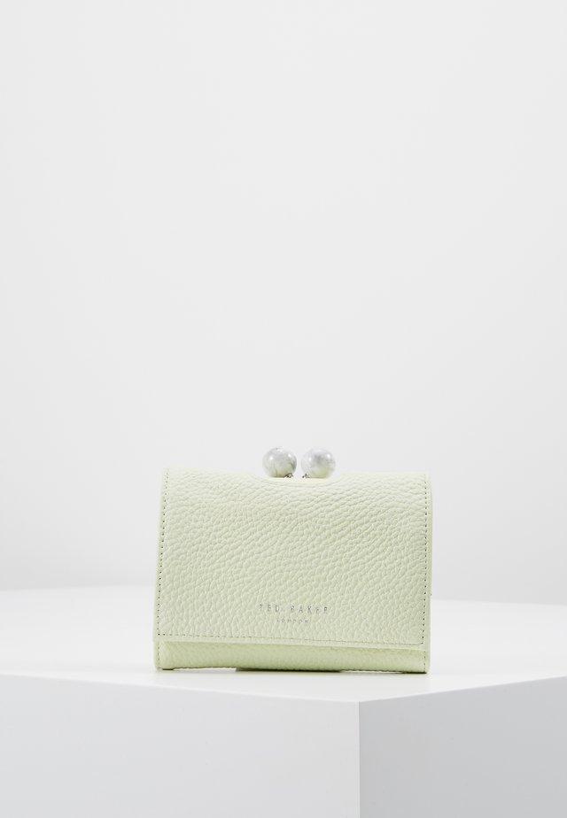 LORLEI - Wallet - green