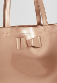 Ted Baker - SOFCON - Shopping bag - rosegold - 6