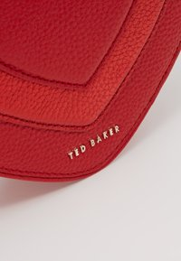 Ted Baker - SERERA - Borsa a tracolla - red - 6