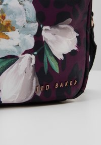 Ted Baker - STEFSII - Across body bag - deep pink - 6