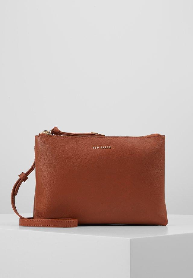 DANII - Across body bag - brown