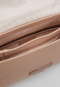 Ted Baker - ALANI - Handtasche - taupe - 5