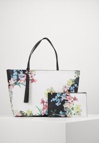 Ted Baker - AYELIIE - Tote bag - ivory - 4