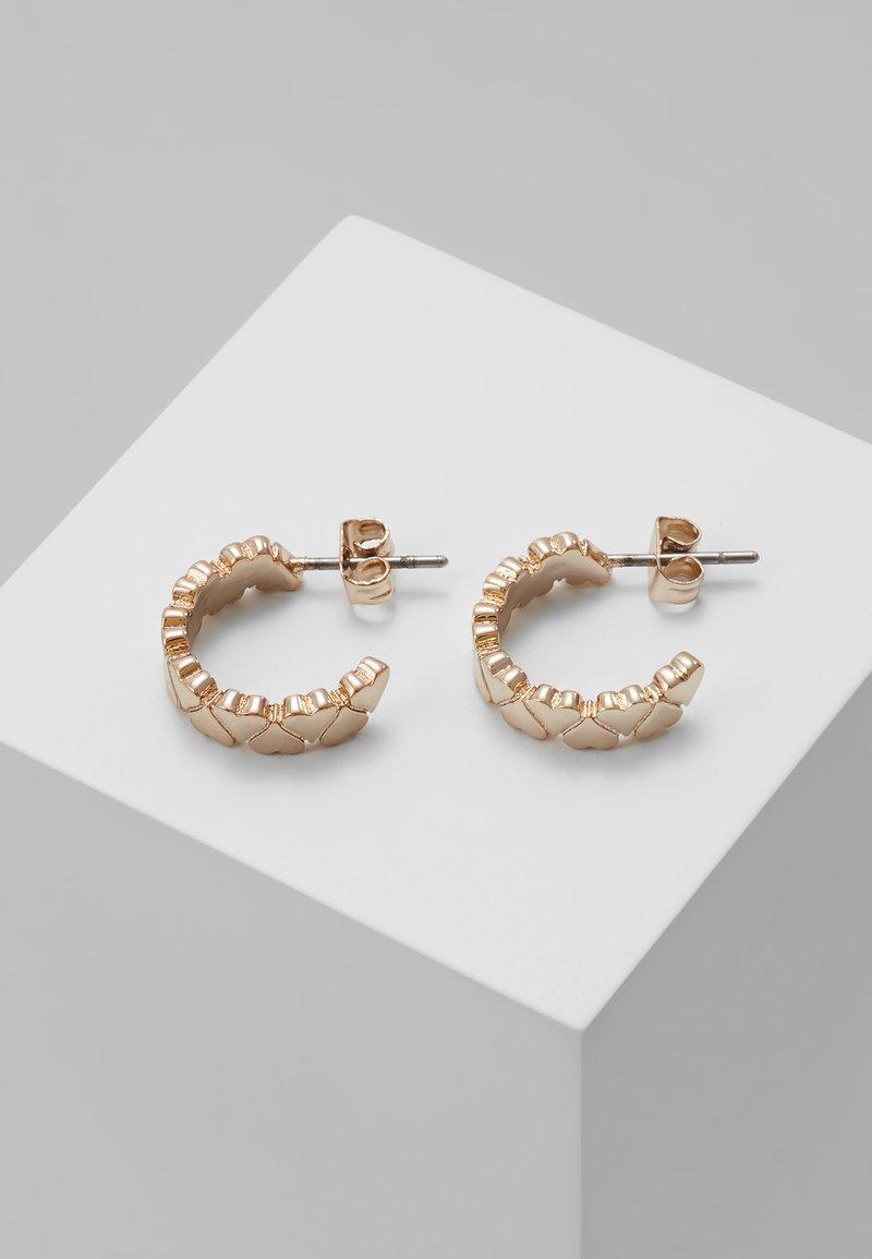 Ted Baker - HARLEN HEART TO HEART SMALL HOOP EARRING - Earrings - rose gold-coloured