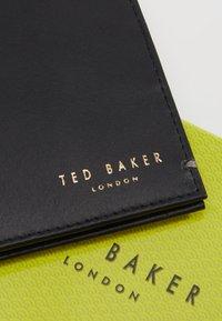 Ted Baker - ANTONYS XOOM CORE BIFOLD WALLET - Peněženka - black - 2