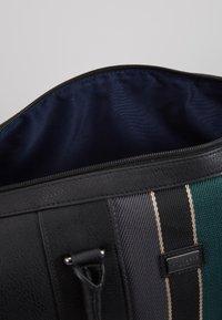Ted Baker - EDMONDS WEBBING HOLDALL - Weekendbag - black - 4