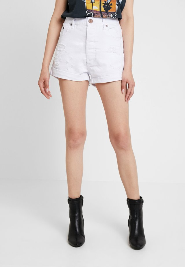OUTLAWS - Jeans Shorts - white beauty