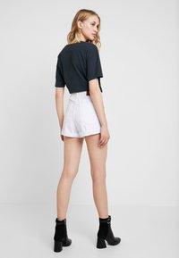 One Teaspoon - OUTLAWS - Denim shorts - white beauty - 2