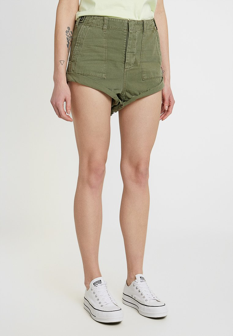 One Teaspoon - BANDITS - Shorts - militaire