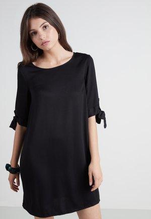 MIT KNOTEN - Day dress - nero