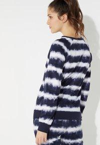 Tezenis - Sweatshirt - st.riga tie&dye - 2