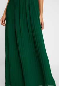 TFNC - NAIARA - Robe de cocktail - green - 5