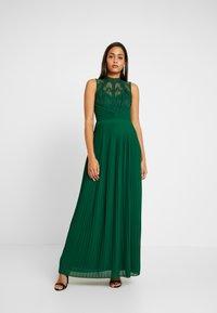 TFNC - NAIARA - Robe de cocktail - green - 0