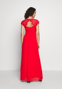 TFNC - NEITH MAXI - Iltapuku - red - 2