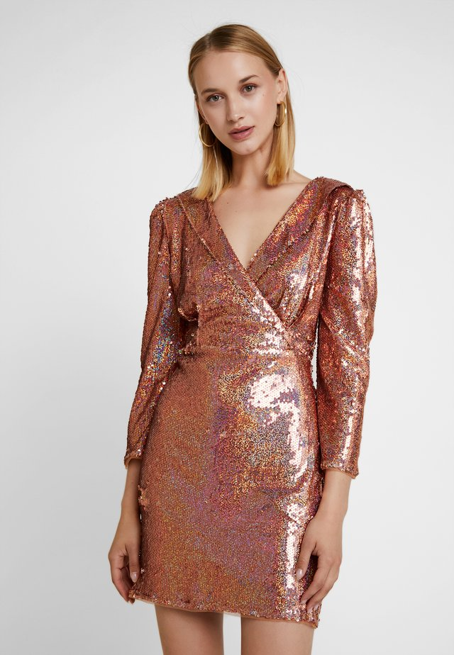 LEANIRA DRESS - Sukienka koktajlowa - rose gold