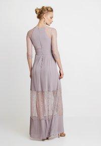 TFNC - TAYA MAXI - Společenské šaty - lavender fog - 3