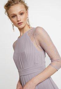 TFNC - TAYA MAXI - Společenské šaty - lavender fog - 4
