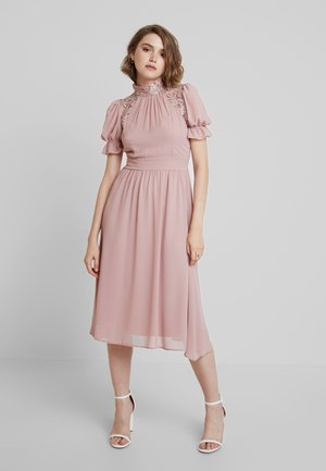 PETTY MIDI DRESS - Robe de soirée - pale mauve