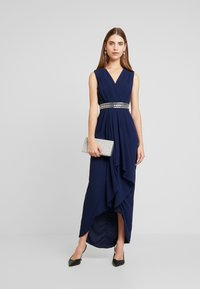 TFNC - ILUK MAXI DRESS - Galajurk - navy - 1