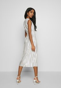 TFNC - SELLA MIDI DRESS - Juhlamekko - light blue/gold - 2