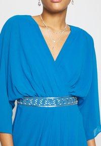 TFNC - LENNIS MAXI WRAP DRESS - Galajurk - blue - 5