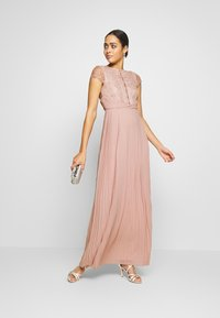 TFNC - KIMORA MAXI - Společenské šaty - new mink - 1