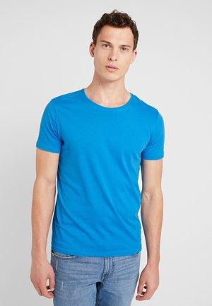 BARTON - Basic T-shirt - blue