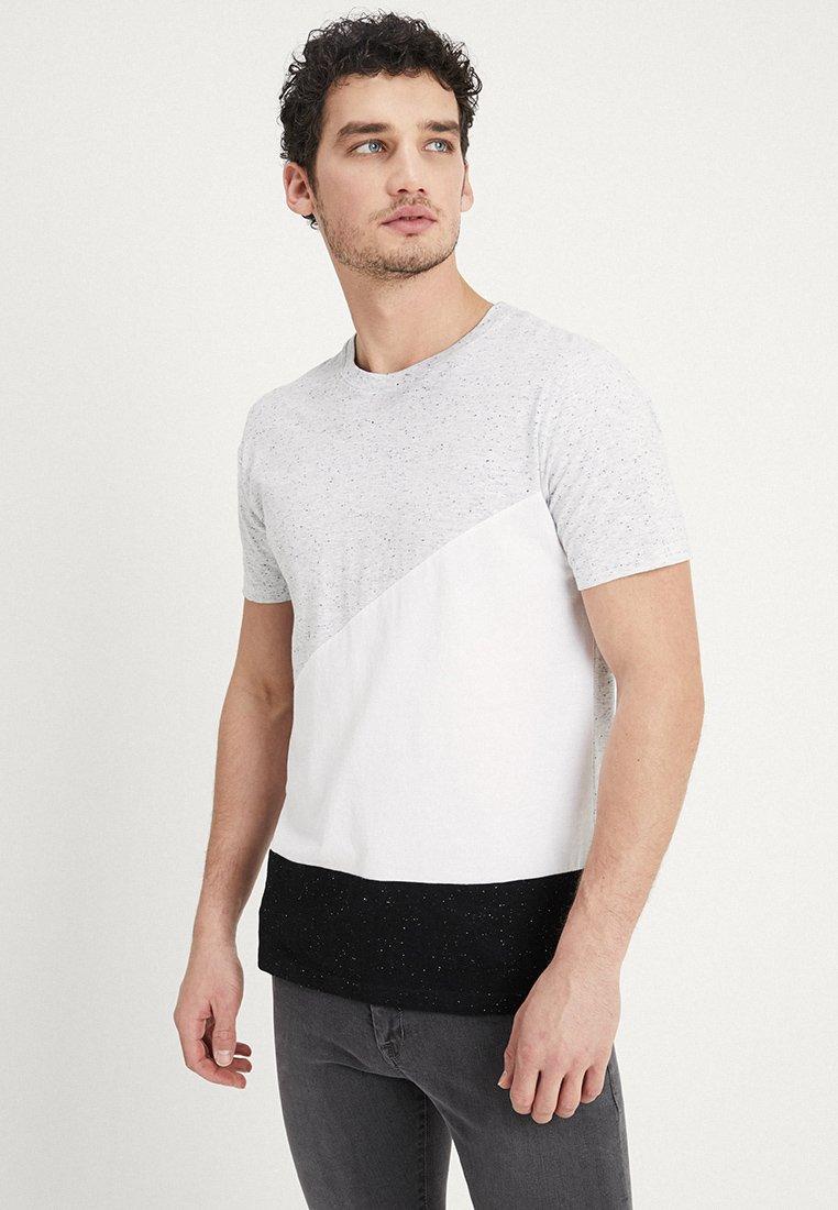 Tiffosi - CALIFORNIA - Print T-shirt - grey