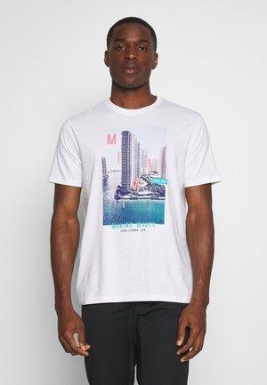 MANTENO - Print T-shirt - white