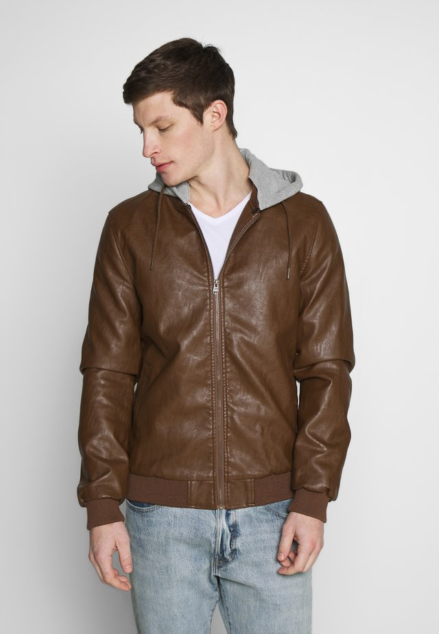 PHOENIX - Faux leather jacket - biscon