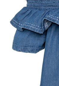 Tiffosi - POPPY - Robe en jean - denim medium indigo wash - 2