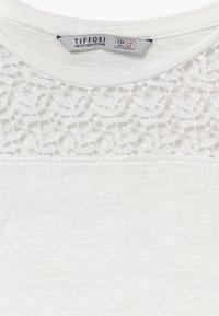 Tiffosi - LORTTY - Triko spotiskem - white - 3