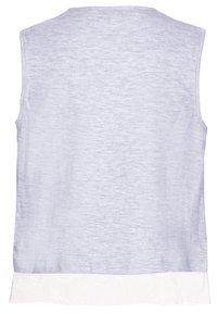 Tiffosi - TALCIRA - Printtipaita - grey - 1