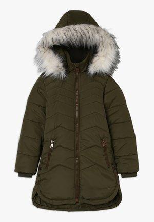 QUINCE - Zimní kabát - verde