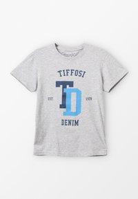 Tiffosi - PORTO - Print T-shirt - cinza - 0